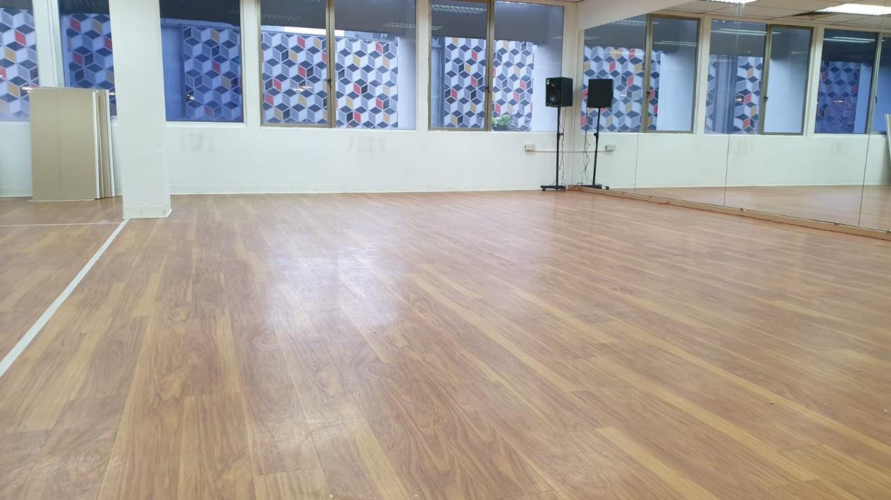 Grooves Up Studio